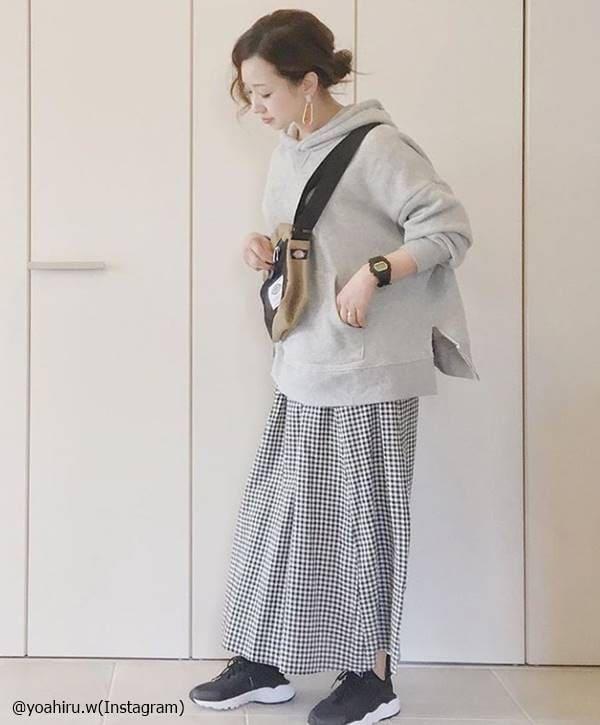 GUのギンガムチェックスカートが可愛い♡高見えコーデのコツは?