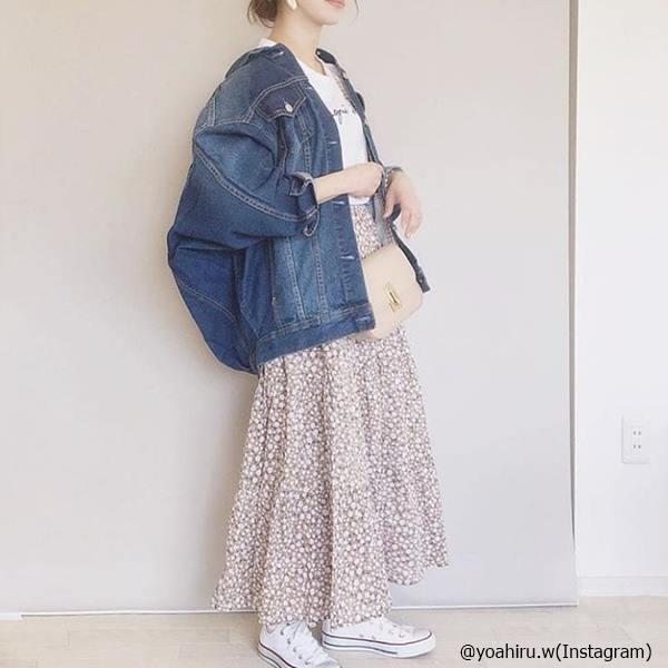 可愛い×動きやすい!テーマパークならスカート&スニーカーコーデで決まり!