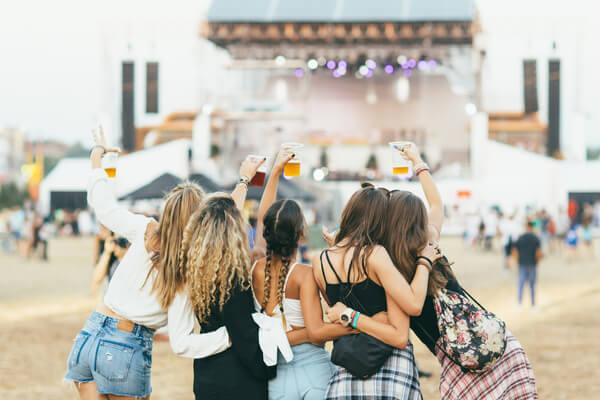 2019夏フェスを最高に楽しめるトレンドコーデまとめ