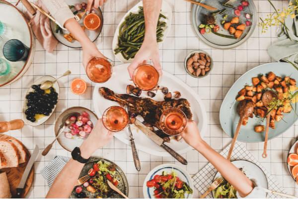 【ナチュラルキッチン】インスタ映えする夏のテーブルウェア4選