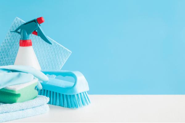 年末の大掃除に助かる!【100均】水回り便利掃除グッズまとめ