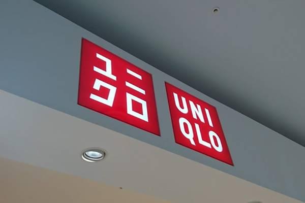 【ユニクロ】SNSでも話題沸騰!1990円パーカーは可愛く着回せる神アイテム