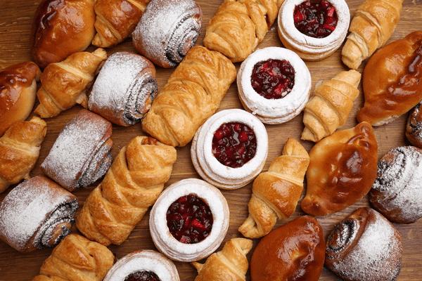 【セブン】ほっぺが落ちるほどウマい♡人気の菓子パン4選