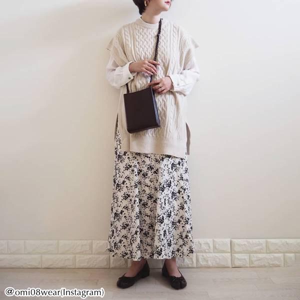 【ユニクロ&titivate】大人カワイイ!!シンプルなのに女性らしいマーメイドスカートが大人気