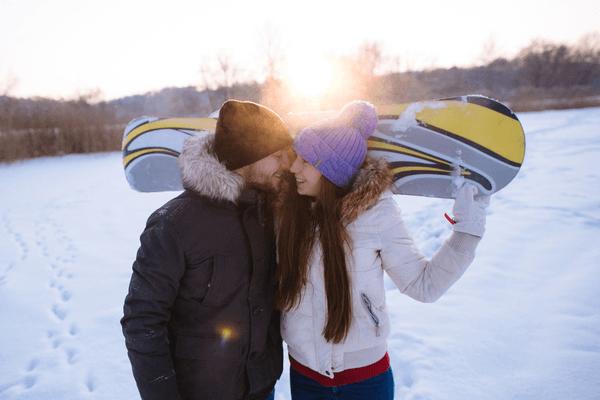 スキーとスノボの夢は恋愛成就!ウィンタースポーツの夢占い4選