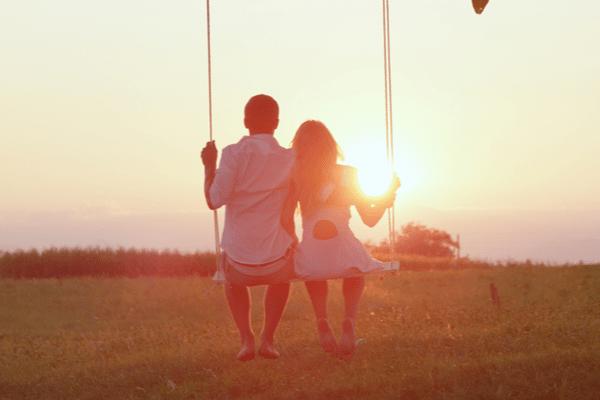あなたにとっての理想的な恋愛って?星座別ベストな恋愛法(おひつじ座~かに座)