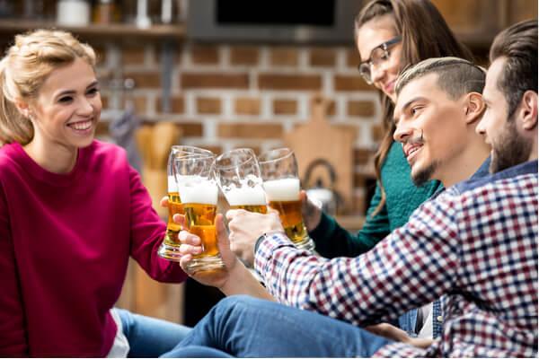 あなたは大丈夫?「飲み会で嫌われる人」の特徴とは…