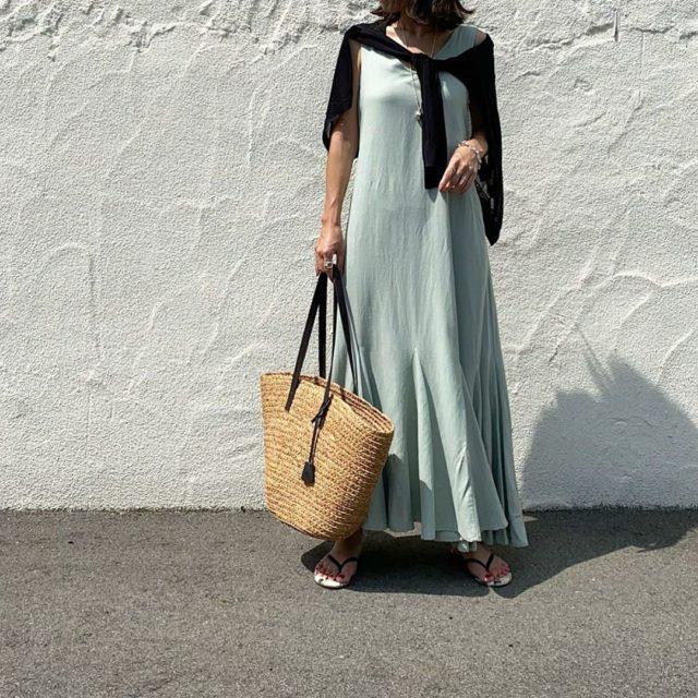 夏の暑い日にオススメ「サマードレス」上品に着こなそう!
